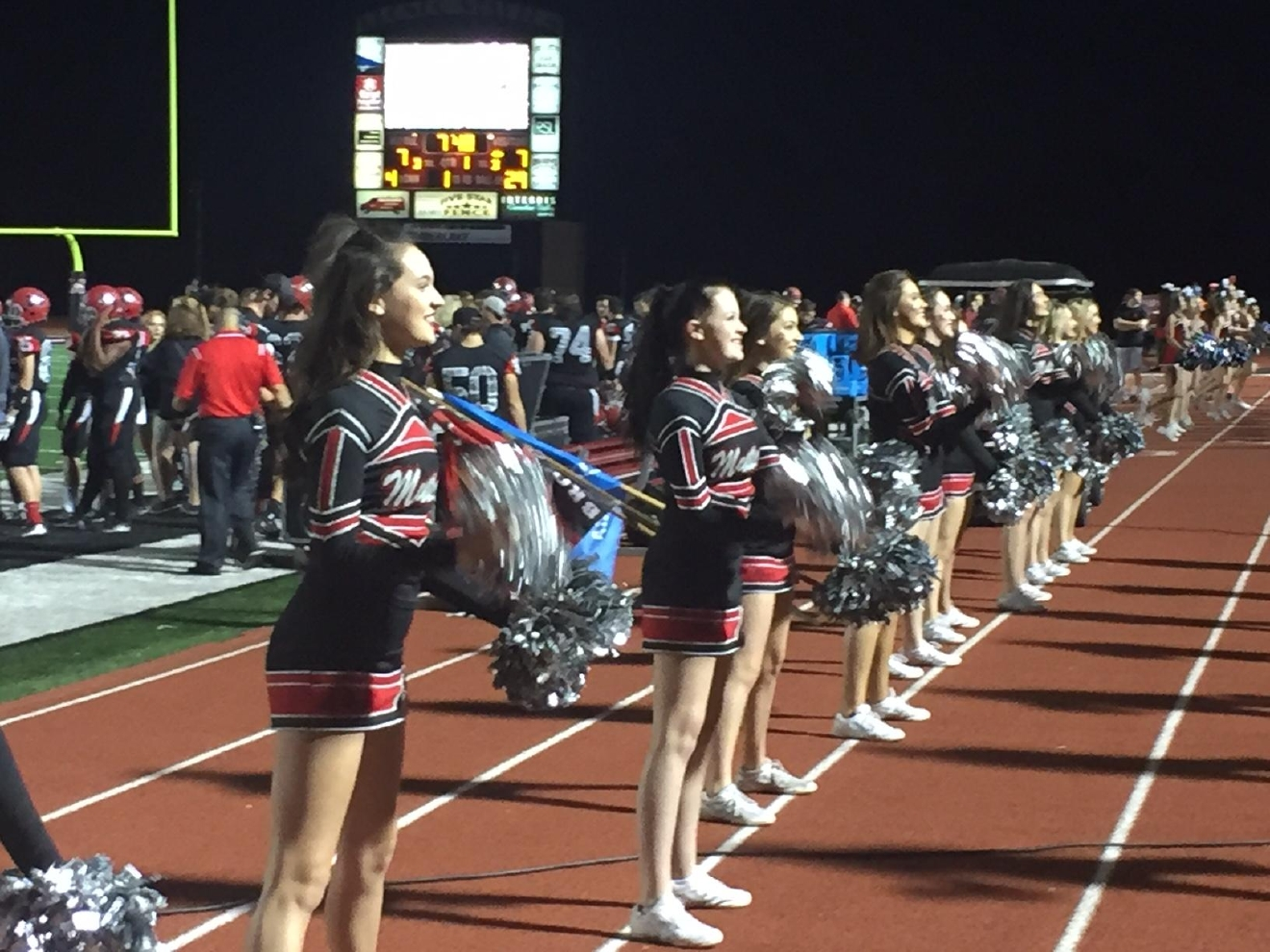 The Mustang cheerleaders at the  Southmoore at Mustang football game on Friday, Oct. 28, 2016 (Scott Noland / KOKH)