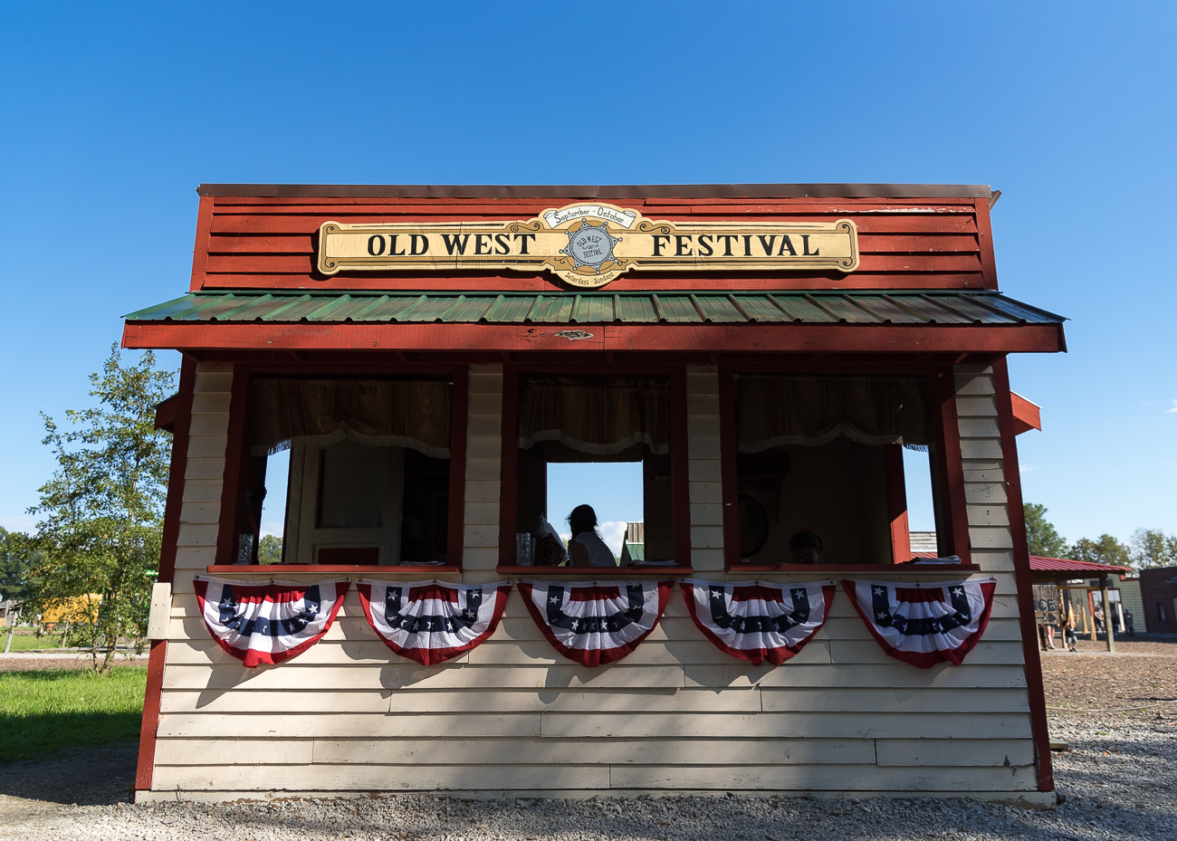 The final weekend of Old West Fest (October 13-14) is Halloween-themed. The festival opens at 10:00 AM and ends at 6:00 PM. Adult admission is $12.99 and child (3-12) admission is $9.99. ADDRESS: 1449 Greenbush Cobb Road (45176) / Image: Phil Armstrong, Cincinnati Refined // Published: 10.8.18
