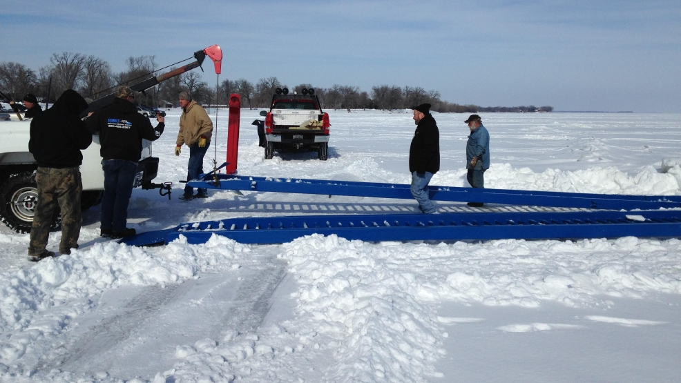 Ice bridges placed on lake winnebago wluk for Otter ice fishing