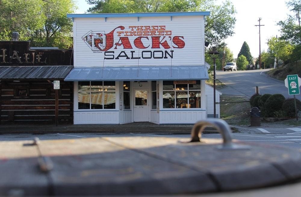 Three Fingered Jack's Saloon claims to be the oldest legal saloon in Washington. (Photo by Jenny Kuglin / Seattle Refined)