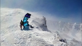 Oregon man makes record ascent of Mount St. Helens with snow kite